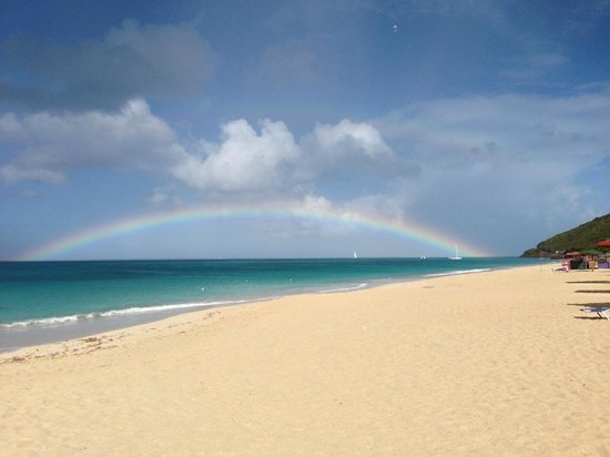 Sugar Ridge : Rainbow on the Nest beach