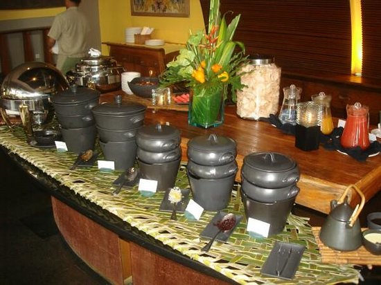 Maya Sari Restaurant: Wonderful curries and other delights