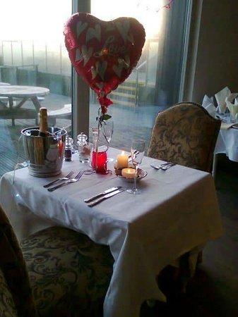 Bradda Glen Restaurant and Tea Rooms : valentines table at the superb bradda glen
