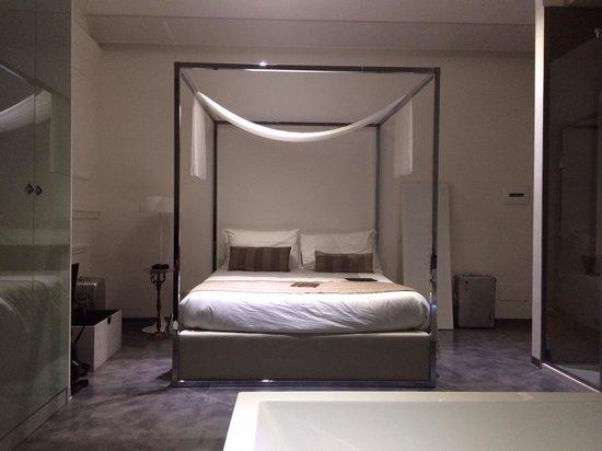 Hotel Santa Brigida: room