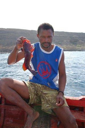 Mar Tranquilidade: Vissen voor de kust.