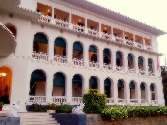 """Royal Orchid Brindavan Gardens: RIght of the Hotels - """"King Bed"""" rooms"""