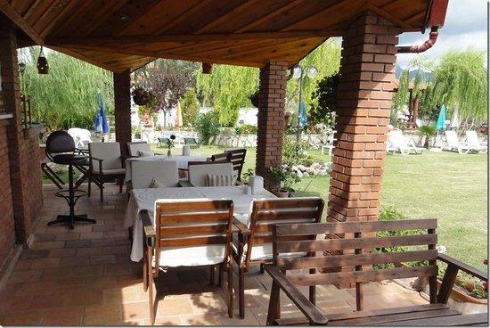 Crescent Hasirci Hotel & Villas: Mature, lovely guests meet here