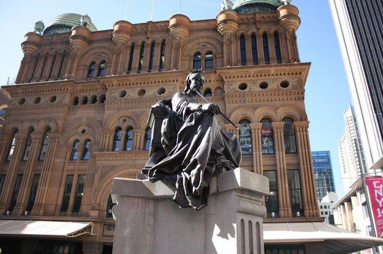 Queen Victoria Building (QVB) : Outside