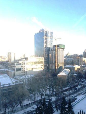 Premier Hotel Rus : 部屋からの眺めです。高台に建っているので非常に静かです。