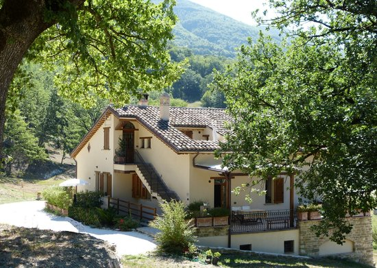 Cerqua Rosara Residence: Esterni