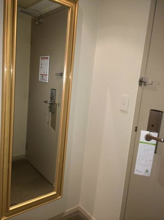Holiday Inn Perth City Centre : Room 526