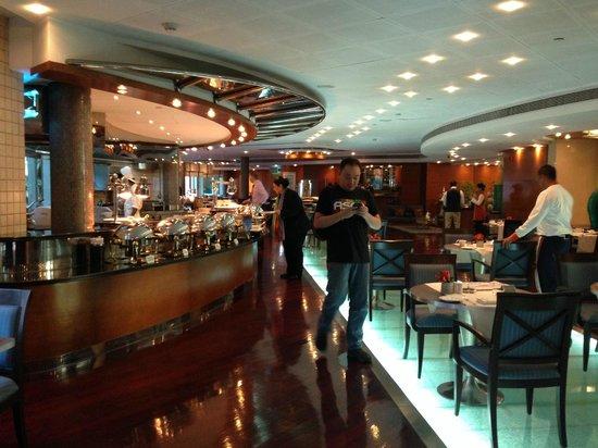 Roda Al Murooj: Pergolas Restaurant - where buffet breakfast is served