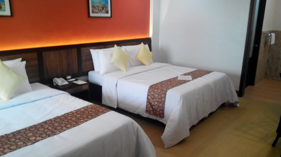 Bohol Beach Club: deluxe room