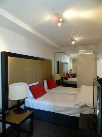 Adina Apartment Hotel Melbourne Northbank: Bed room
