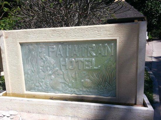 Patatran Village Hotel: Hotel main entrance