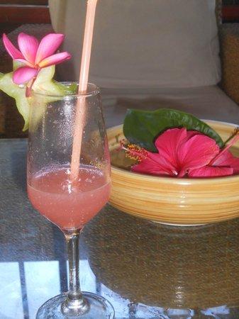 Patatran Village Hotel: Welcome drink