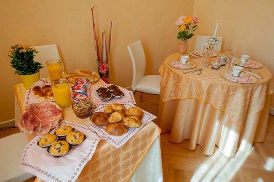 Bed & Breakfast Gasiso: sala colazione