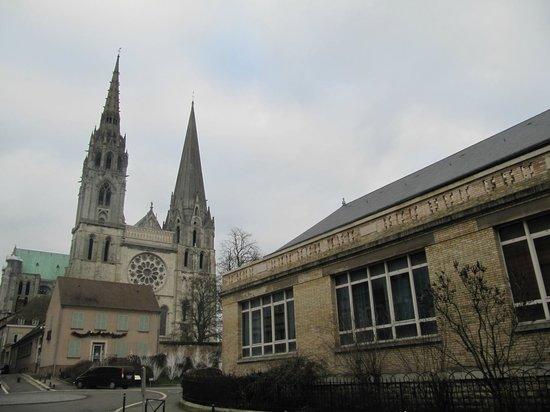 Cathédrale de Chartres : собор