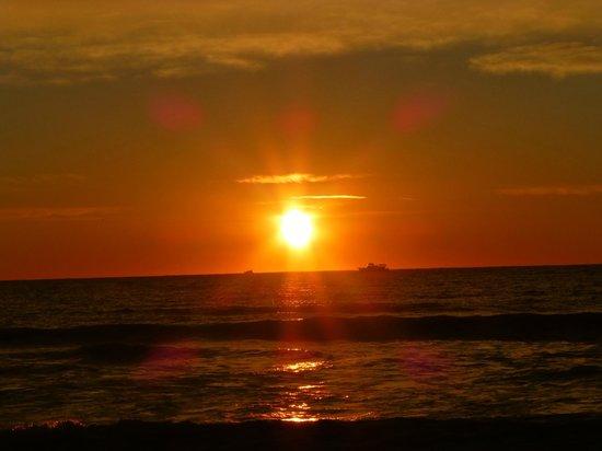 The Inn at Ocean Grove : Sunrise over Ocean Grove Beach