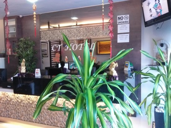 CT Hotel: Hotel Reception