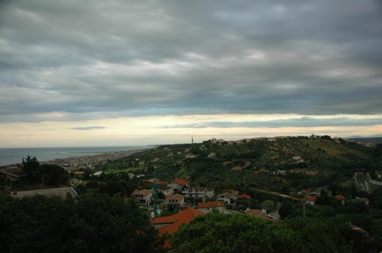 La Meridiana: Lovely view even though the weather was not so good on this day!