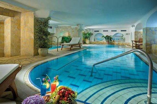 Hotel Flora: Piscina Termale Interna