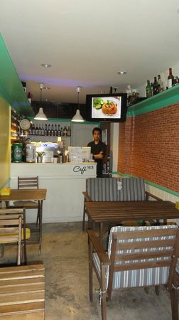Cafe 143: the inside