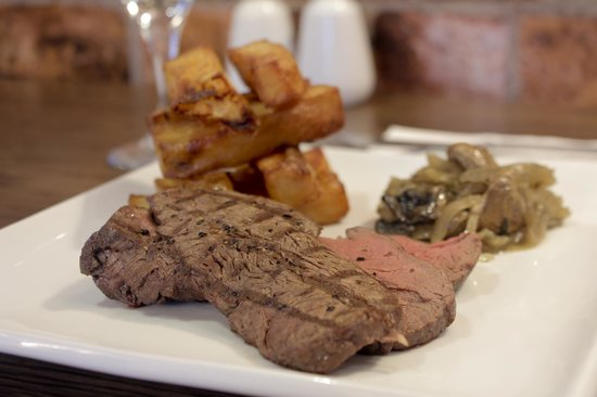 The Lock and Key Restaurant: Chateaubriand Fillet Steak