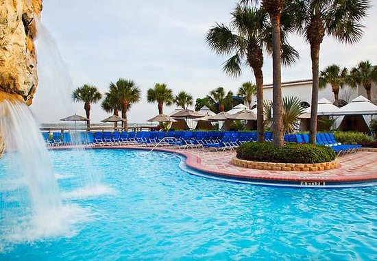 Clearwater Beach Marriott Suites on Sand Key: pool area with private cabana's
