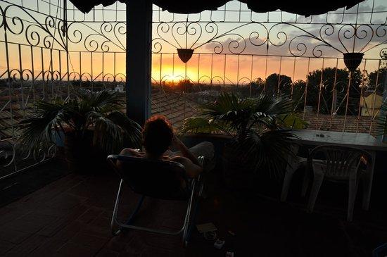 Hospedaje Yolanda - Yolanda Maria Alvarez: Sunsetview room upstairs
