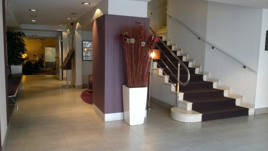 Hotel Arc La Rambla: Hotel lobby