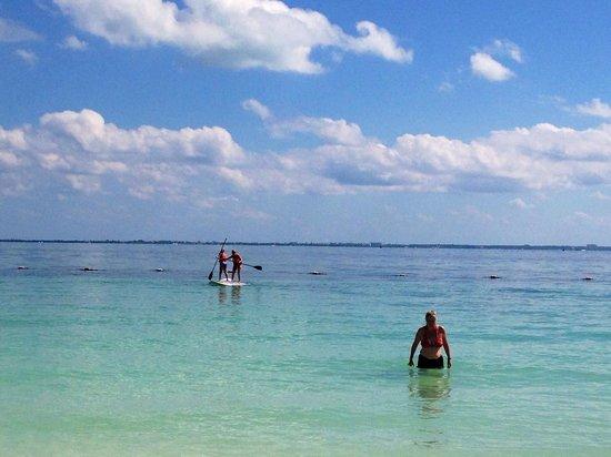 Villa del Palmar Cancun Beach Resort & Spa: Stand up paddle boarding