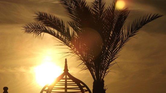 SENTIDO Mamlouk Palace Resort : En début de soirée