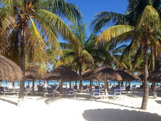 Presidente InterContinental Cancun Resort: Hotel beach