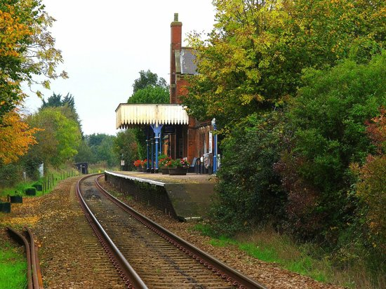 Woodbridge Station Guest House: Station House