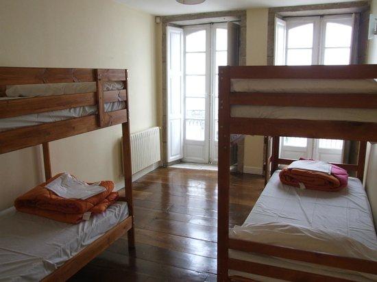 Albergue Azabache: Habitación