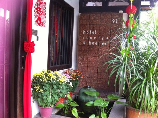 Courtyard @ Heeren Boutique Hotel : Hotel entrance