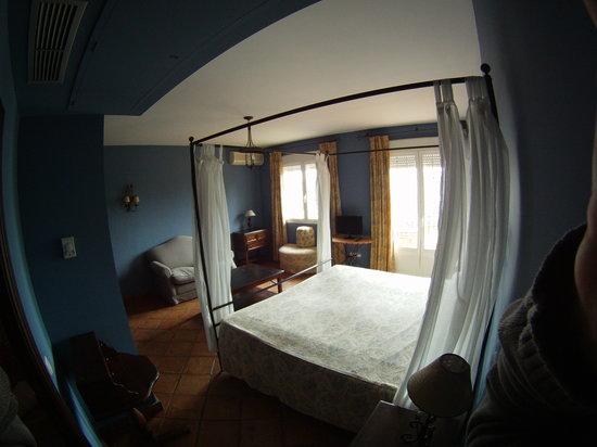 Alojamiento La Pedriza: Hab junior suite 02