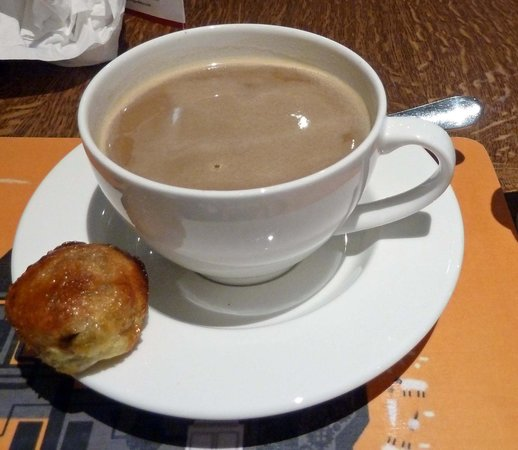 The Clog and Billycock : coffee with eccles cake