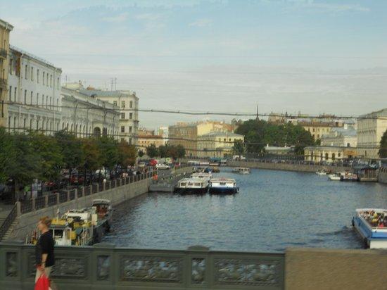 Anichkov Bridge: la vista del ponte