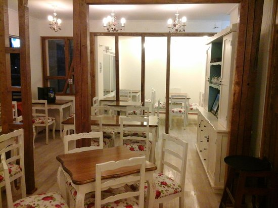 Serravalle Ristorante & Caffetteria: El lugar por dentro