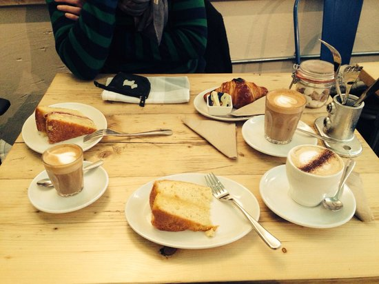 Great cake, great coffee! Best coffee in town :) - Picture of ...