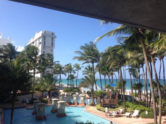 San Juan Marriott Resort & Stellaris Casino: View from the lobby staircase