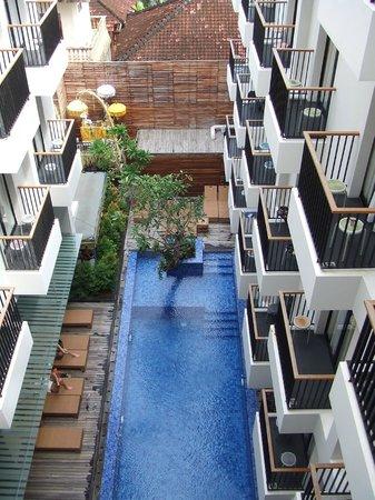 PING Hotel Seminyak Bali : View down to pool