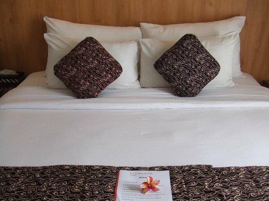 PING Hotel Seminyak Bali : Comfortable bed