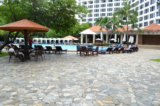 Mountain Beach Hotel: бассейн