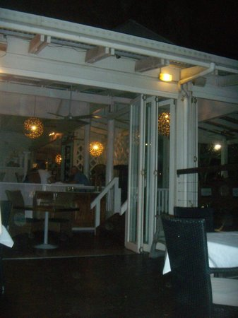 Far Horizons Restaurant : interno ristorante