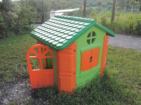 Agriturismo Tenuta Cantagallo: Spazio Giochi-  Children playground