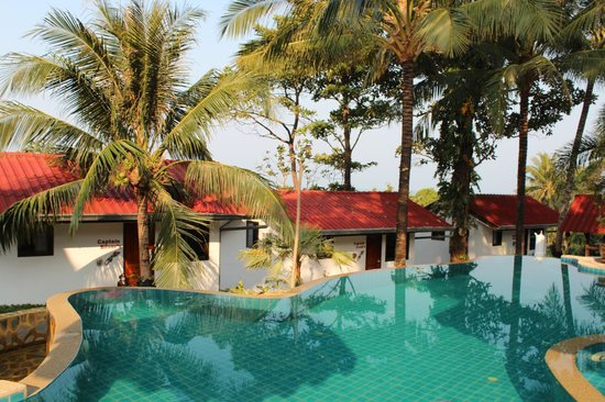 TOP Resort: Bungalow am Pool