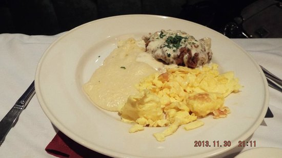 Old Ebbitt Grill : Country Fried Steak