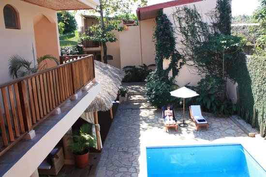 Casa Lucia Boutique Hotel & Yoga Retreat: Patio