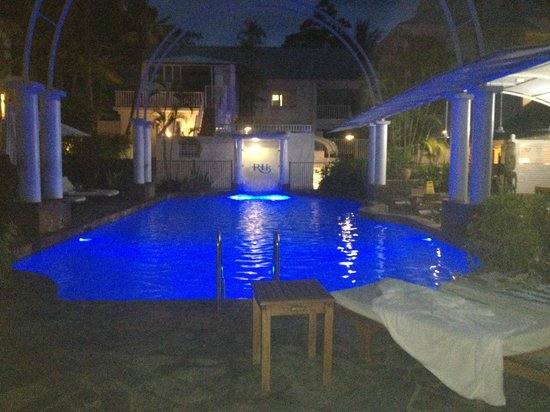 Reef House Restaurant: piscina
