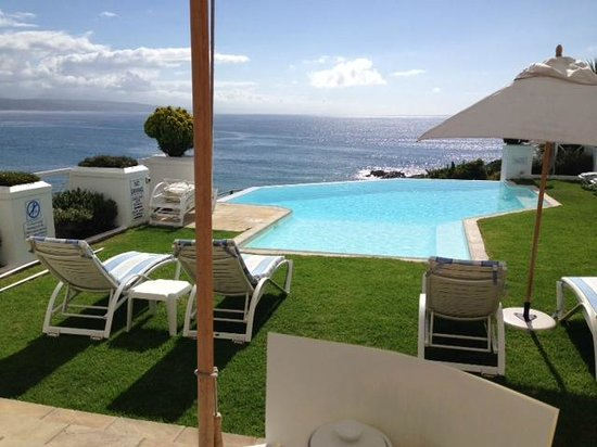 The Plettenberg Hotel: Pool from restaurant