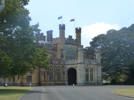 Government House: The house